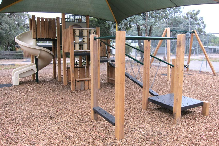 children, kids, explore, fun, playground, playspace, play space, coongulla community centre, wellington shire