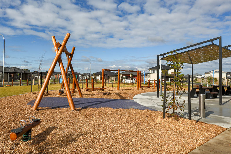 nature, play, playground, activity course, spinner, natural, double swing, double, rocker, nature, parallel bars, wood